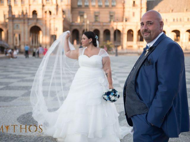 La boda de Juan Carlos y Eva Maria en Sevilla, Sevilla 2