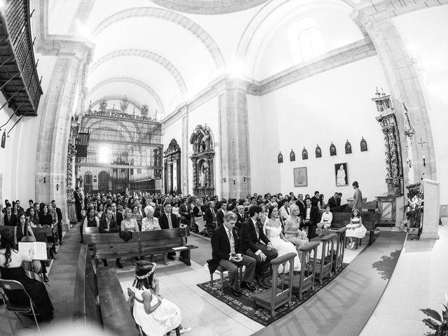 La boda de César y Andrea en Ponferrada, León 32