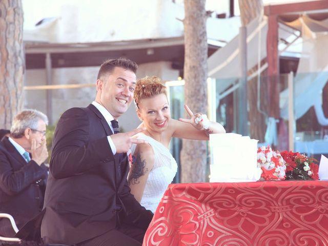 La boda de Juanmi y Esther en La Pineda, Tarragona 23