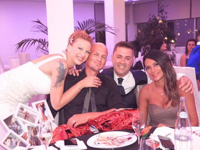 La boda de Juanmi y Esther en La Pineda, Tarragona 45