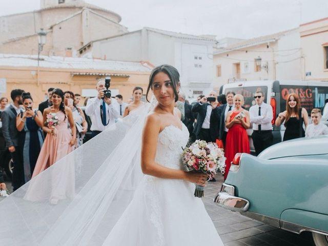 La boda de Iván y Claudia en Valencia, Valencia 23