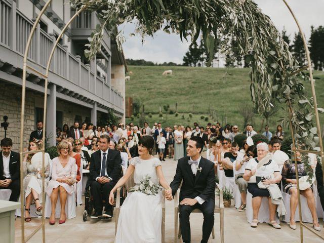 La boda de Adur y Ainara en Pueblo Zizurkil, Guipúzcoa 8