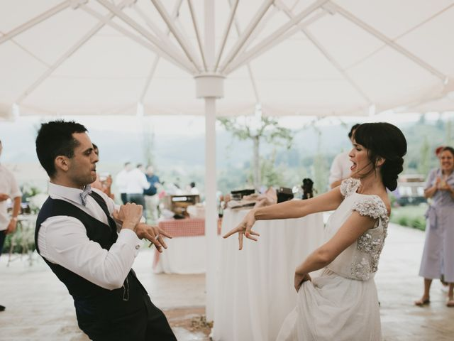 La boda de Adur y Ainara en Pueblo Zizurkil, Guipúzcoa 10