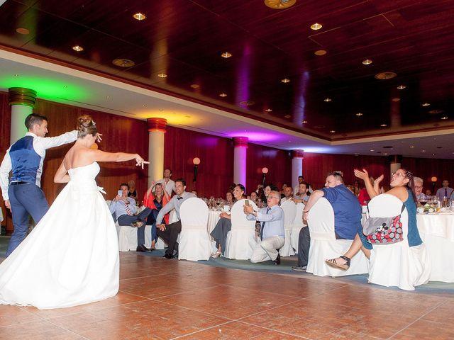 La boda de Jose y Cristina en Santa Maria Del Cami (Isla De Mallorca), Islas Baleares 13
