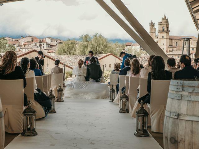 La boda de David y Nekane en Elciego, Álava 64
