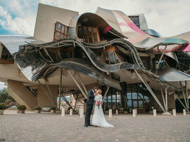 La boda de David y Nekane en Elciego, Álava 100