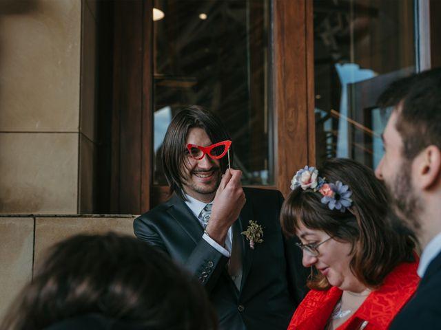 La boda de David y Nekane en Elciego, Álava 111