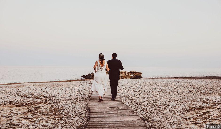 La boda de Rodrigo y Mónica en La/villajoyosa Vila Joiosa, Alicante