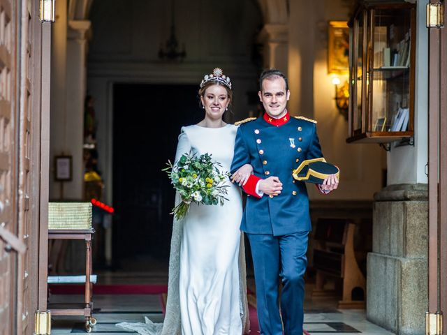 La boda de Julio y Olga en Madrid, Madrid 44