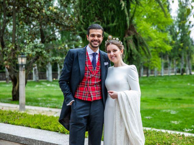 La boda de Julio y Olga en Madrid, Madrid 52