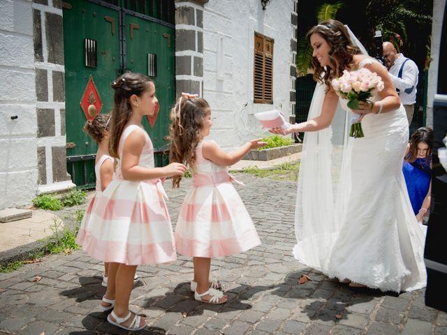 La boda de Miguel y Sahira en Puerto De La Cruz, Santa Cruz de Tenerife 15