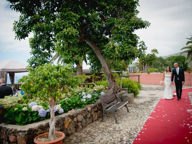 La boda de Miguel y Sahira en Puerto De La Cruz, Santa Cruz de Tenerife 40