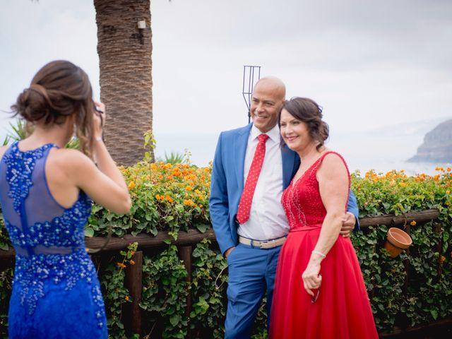 La boda de Miguel y Sahira en Puerto De La Cruz, Santa Cruz de Tenerife 56