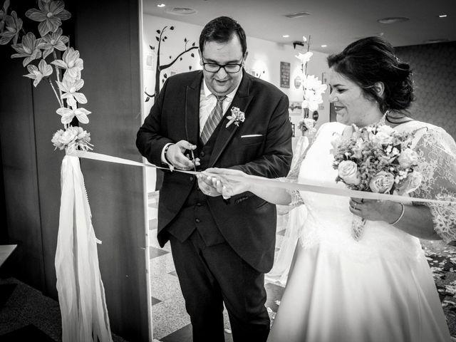 La boda de Mikel y Verónica en Hervas, Cáceres 16