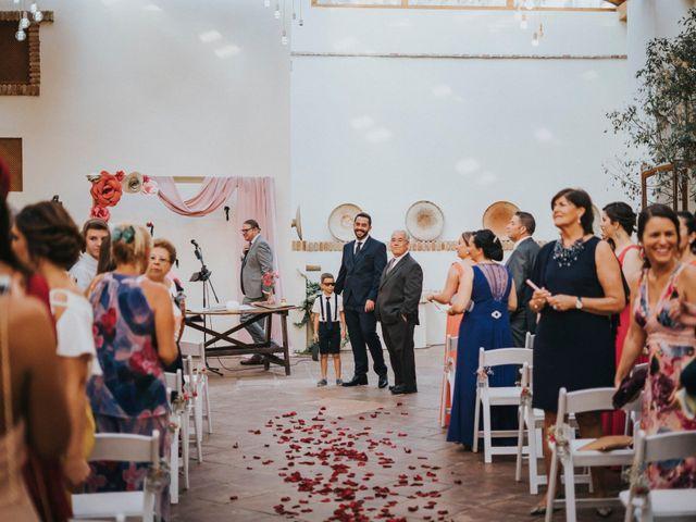 La boda de Jose Carlos y María en Alcala De Guadaira, Sevilla 43