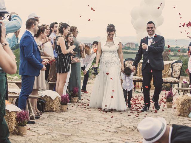 La boda de Txema y Cristina en Rubi, Barcelona 16