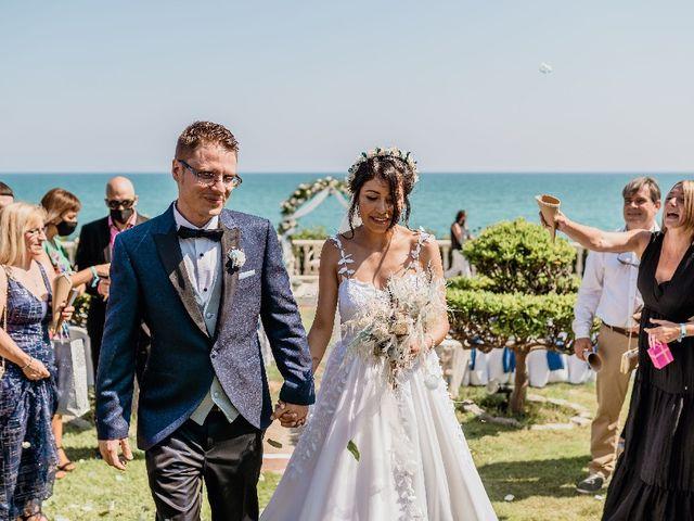 La boda de Miguel  y Abigail  en Vilanova I La Geltru, Barcelona 3