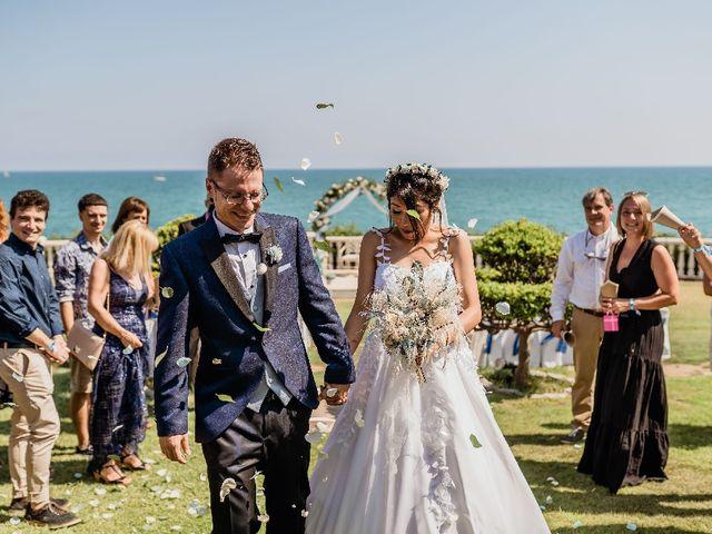 La boda de Miguel  y Abigail  en Vilanova I La Geltru, Barcelona 4