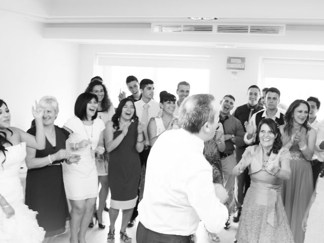 La boda de Estefania y Abel en Gava, Barcelona 28