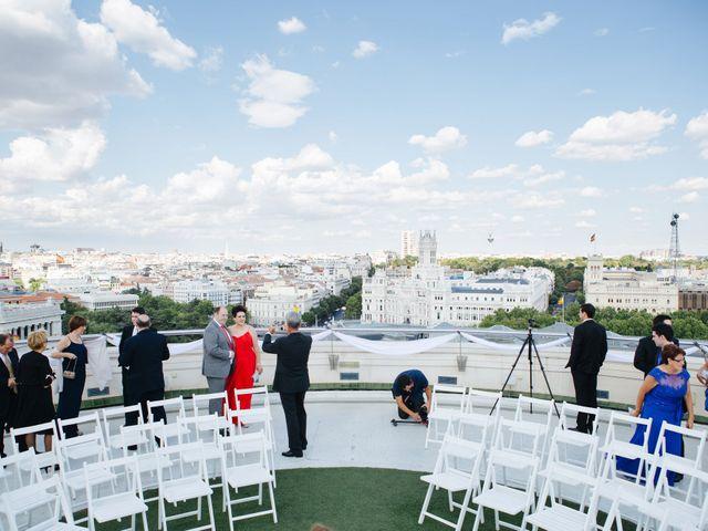 La boda de Óscar y Inês en Madrid, Madrid 25
