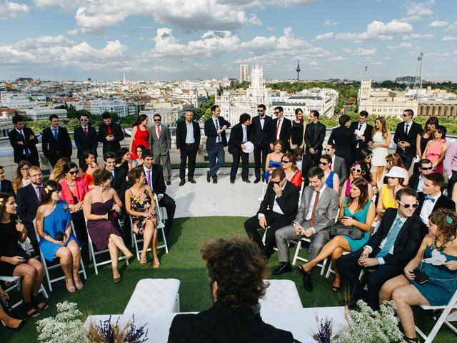 La boda de Óscar y Inês en Madrid, Madrid 29