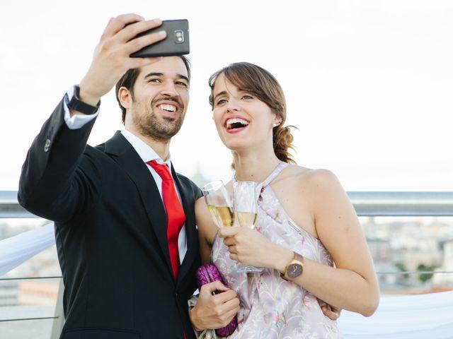 La boda de Óscar y Inês en Madrid, Madrid 43