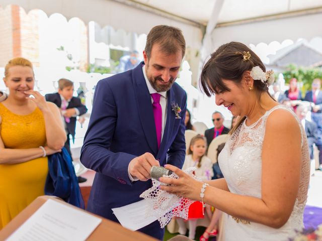 La boda de Raul y Pilar en Navalcarnero, Madrid 19