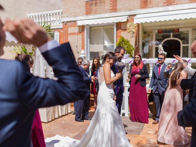 La boda de Raul y Pilar en Navalcarnero, Madrid 25