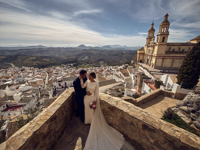 La boda de Fran y Cristina en Olvera, Cádiz 33