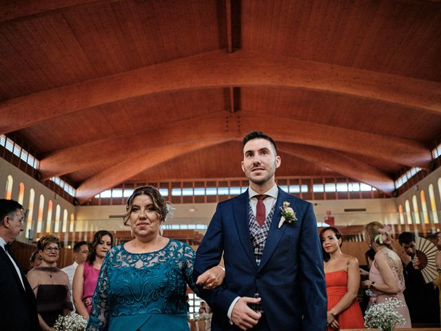 La boda de Cristian y Alicia en Villanueva De La Cañada, Madrid 30