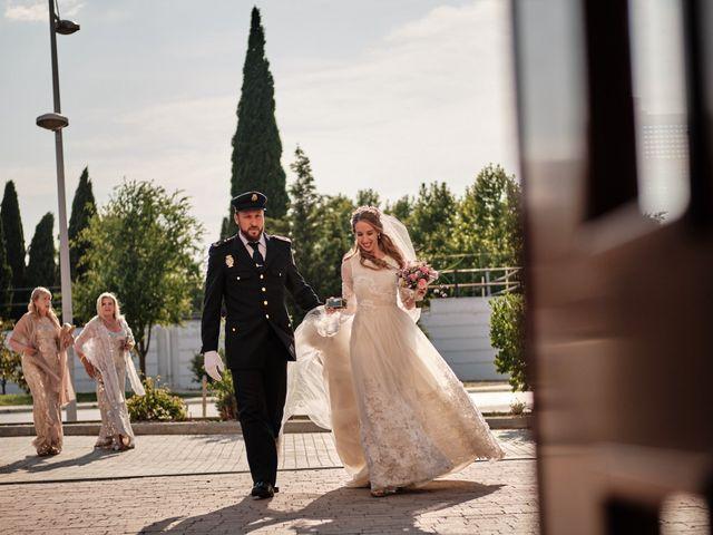 La boda de Cristian y Alicia en Villanueva De La Cañada, Madrid 31