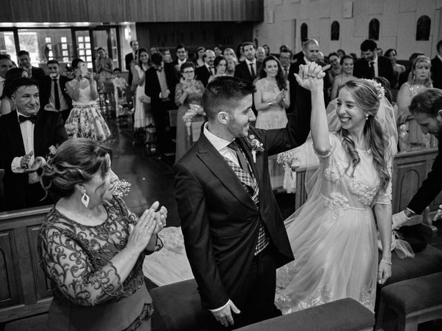 La boda de Cristian y Alicia en Villanueva De La Cañada, Madrid 34