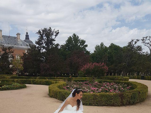 La boda de Adrian y Ana en Madrid, Madrid 3