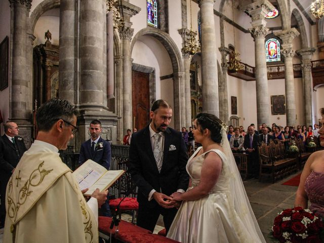 La boda de Juanje y Sarai en Santa Cruz De Tenerife, Santa Cruz de Tenerife 18