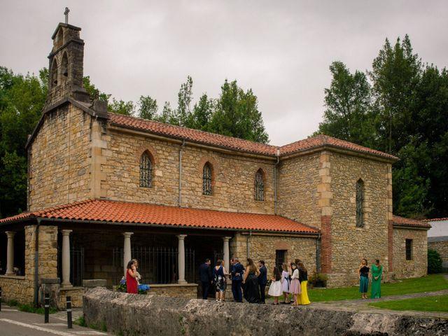 La boda de Filipe y Covadonga en Gijón, Asturias 1
