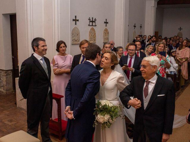 La boda de Filipe y Covadonga en Gijón, Asturias 2