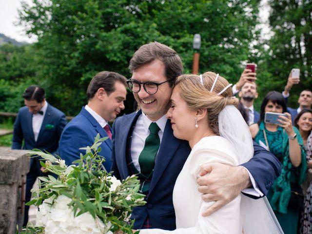 La boda de Filipe y Covadonga en Gijón, Asturias 13