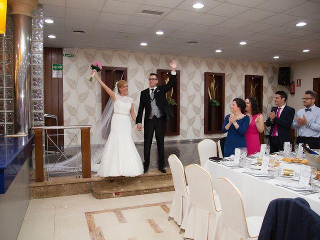 La boda de Miguel y Cande en Mengibar, Jaén 18