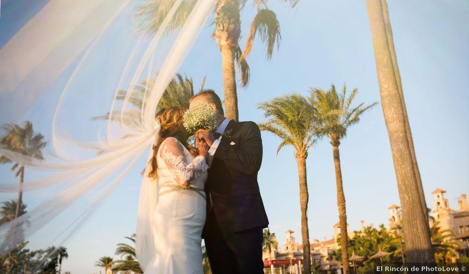 La boda de Diego y Luisa en San Fernando, Cádiz
