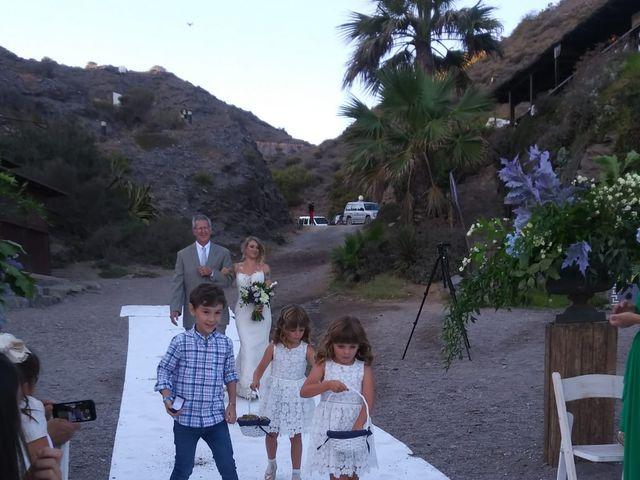 La boda de Pepe y Caitlin  en La Manga Del Mar Menor, Murcia 5
