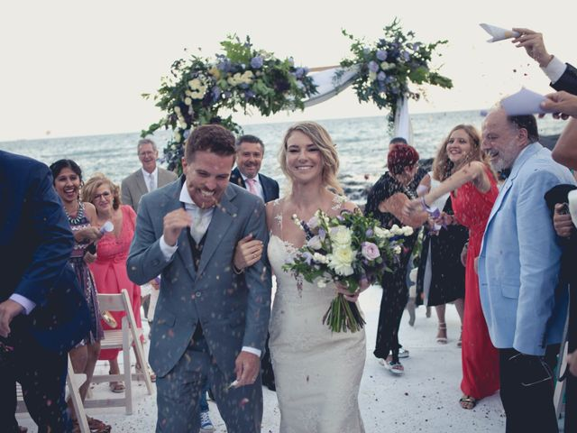 La boda de Pepe y Caitlin  en La Manga Del Mar Menor, Murcia 13