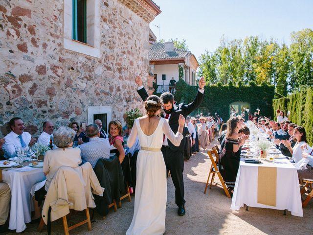 La boda de Javi y Almu en Hoyuelos, Segovia 31
