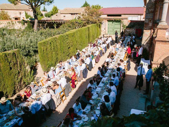 La boda de Javi y Almu en Hoyuelos, Segovia 32