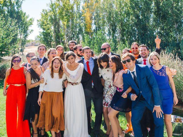 La boda de Javi y Almu en Hoyuelos, Segovia 27