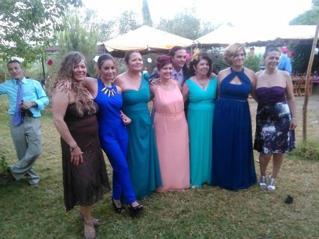 La boda de Ignacio  y Almudena en Coria Del Rio, Sevilla 15