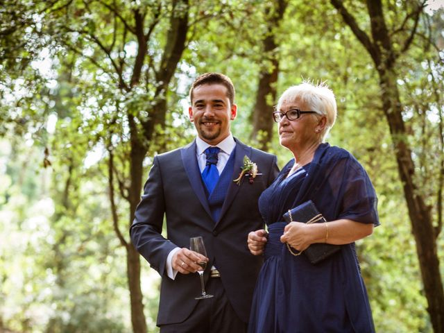 La boda de Dani y Carmen en Caldes De Montbui, Barcelona 15