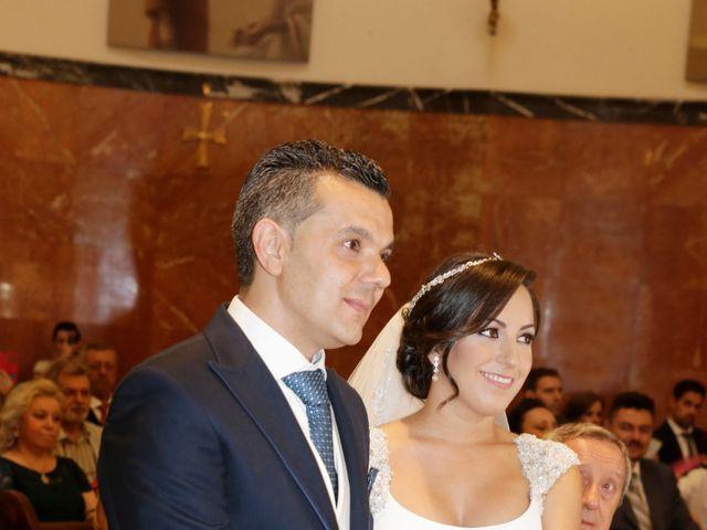 La boda de Jesús y Alicia en Sevilla, Sevilla 12
