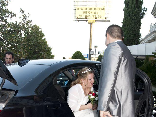 La boda de Ana Maria y Luis Miguel en Arganda Del Rey, Madrid 3