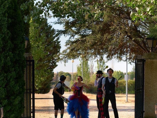 La boda de Fernando y Laura en Salamanca, Salamanca 1