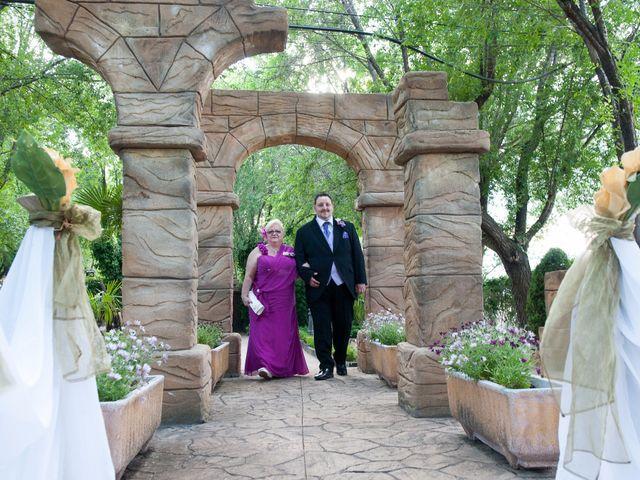 La boda de Daniel  y Gema en Talamanca Del Jarama, Madrid 12